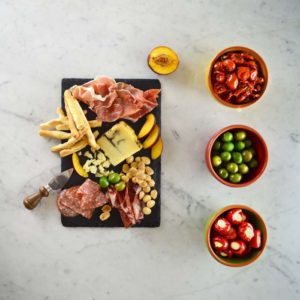 Classic antipasto box Diforti