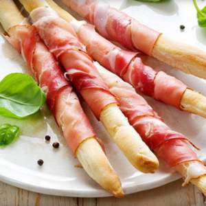 Prosciutto-Wrapped Grissini